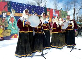 Halay song and dance