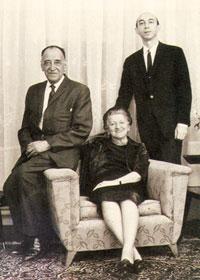 Lotfi Zadeh with his parents, mother Feyga, father Rahim, 1970
