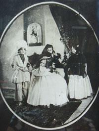Khurshid Banu Natavan´s son Mehdi Qulu khan and daughter Fatma Bika