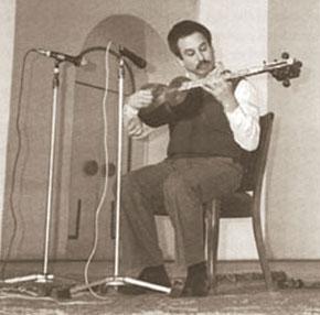 Jeffrey Werbock performing at the Philharmonic Hall in Baku in 1991