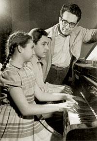 Qara Qarayev with his daughter Zuleykha and son Faraj