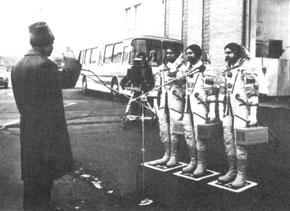 The board of Soyuz TM-4 reporting on preparations to Lieutenant-General Karimov, Chair of the State Commission. 1987