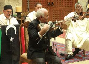 Ramiz muellim improvises with the Turasu Libya Makam group