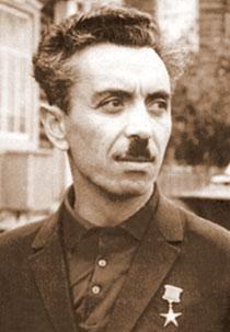 Farman Salmanov (1931 – 2007)