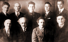Jabbarli with writers and composers (second row, second from the right), 1932
