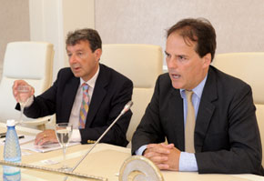 Mark Field and Lionel Zetter, Member of TEAS Advisory Board, at a meeting with Azerbaijani parliamentarians in the Milli Majlis