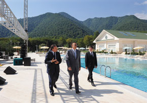President Ilham Aliyev inspects the grounds