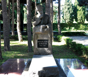Zardabi's grave, Avenue of Honour, Baku
