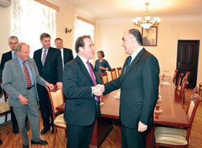 In the meeting with the Minister of Foreign Affairs
