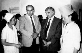 (From left) Elmira khanim, Deputy Minister of Culture Adalat Veliyev and Minister of Culture Polad Bulbuloghlu. Sarijali, 1994