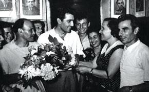 Nodar Shashiqoghlu with filmgoers