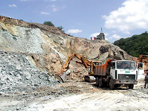 Armenian looting of Karabakh's natural resources, like copper ore