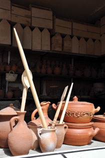 Traditional handicraft wares