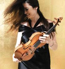 Sabina Rakcheyeva – unstill life with violin