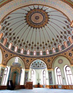 Inside Baku's Teze Pir Mosque