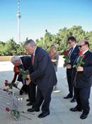 French Senators visit Azerbaijan