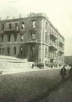Nikolayevski street after the massacre in March 1918. Photo: Vilkovski