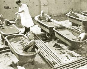 Treatment procedure in Naftalan Sanatorium