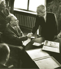 President of the USSR Academy of Sciences M.V.Keldis congratulates Landau on his Nobel prize, Moscow, 1962