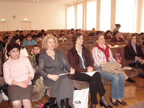 Quinta Woodward of Community Shield Azerbaijan at AzETA Novruz holiday celebration for orphans, March 2006