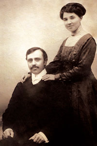 Uzeyir Hajibeyov with his wife Meleyke khanum