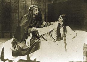 Scene from Leyli and Mejnun, Leyli - Mehbube Pashayeva, Ibn Sina - Khanlar Haqverdiyev