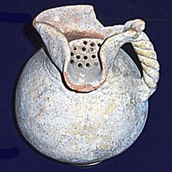 Wine jug with lip (4th - 1st cc. BC)