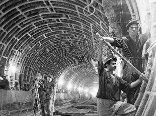 The Early Days of the Baku Metro