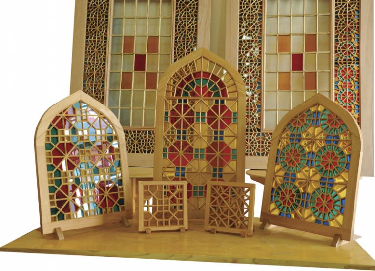 Shebeke, the multicoloured glass mosaics pieced together without nails or glue