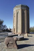 The Momine Khatun tombtower in central Nakhchivan City is the most powerful remaining symbol of the 12th century Atabeys regime who had their treasures at Alinja