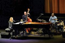 Diana Krall performs