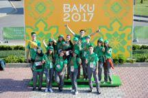 Volunteers photographed on 13 May. Photo: Eldar Farzaliyev
