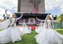 The final day saw the splendour of Azerbaijani dance come to the town of Windsor, with a performance that attracted ecstatic applause from the British crowd