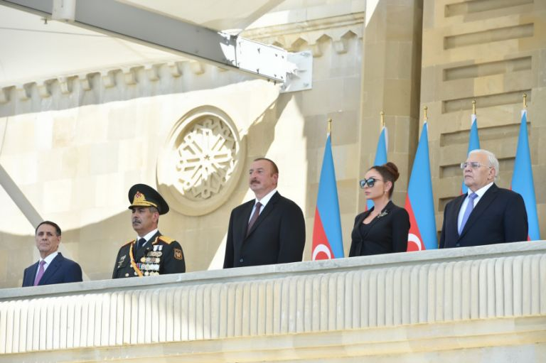 President Aliyev (centre) accompanied by (from left to right) Prime Minister Novruz Mamedov, Defense Minister Zakir Hasanov, First Vice President Mehriban Aliyeva and Speaker of the National Assembly Ogtay Asadov. Photo: Azertaj