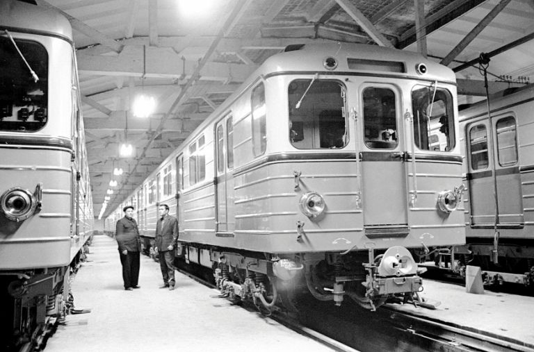 The train depot at Baki Soveti (now Icheri Sheher) station. 30 October 1967
